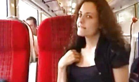 La milf inglesa Eva May pone a trabajar un mamas xxx español gran consolador