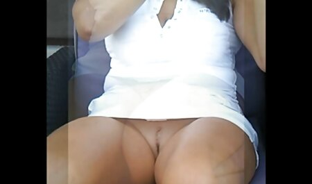 Rubia milf digitación peliculas porno traducidas al castellano coño mojado en medias de nylon vintage tacones altos