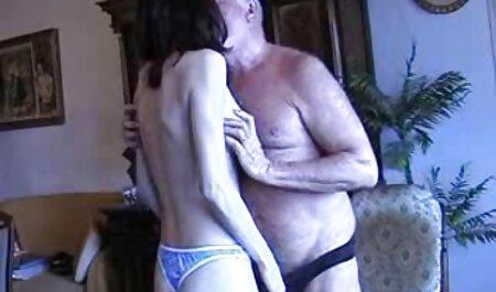 Perra universitaria de 18 años se videos porno en español gratis masturba su apretado coño y se corre