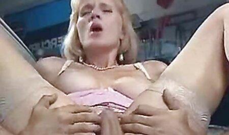 Linda hermanastra Chloe Cherry follada por el culo por xxxen castellano una polla monstruosa POV