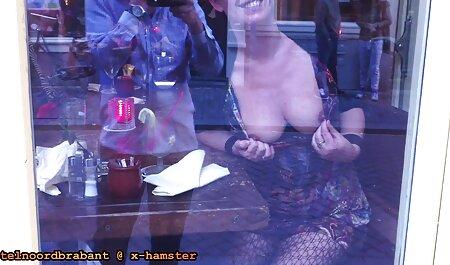¡La ardiente pelirroja Penny Pax Tongue se folla a Anna DeVille! peliculas de taboo completas
